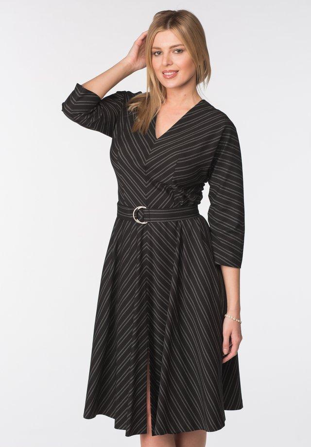 DRESS MILANA - Shift dress - black and gray