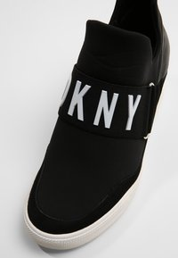 DKNY - COSMOS - Tenisky - black - 2