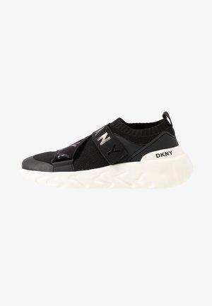 CLARA - Sneakers - black