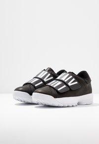 DKNY - DESSA - Sneakers laag - black - 4