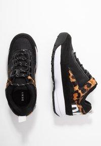 DKNY - DANI - Sneakers laag - black/camel/multicolor - 3