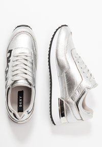 DKNY - MARIE - Baskets basses - silver - 3