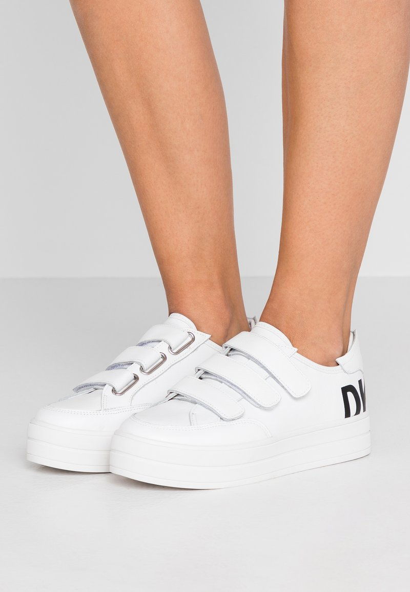 DKNY - SAVI  - Trainers - white/black