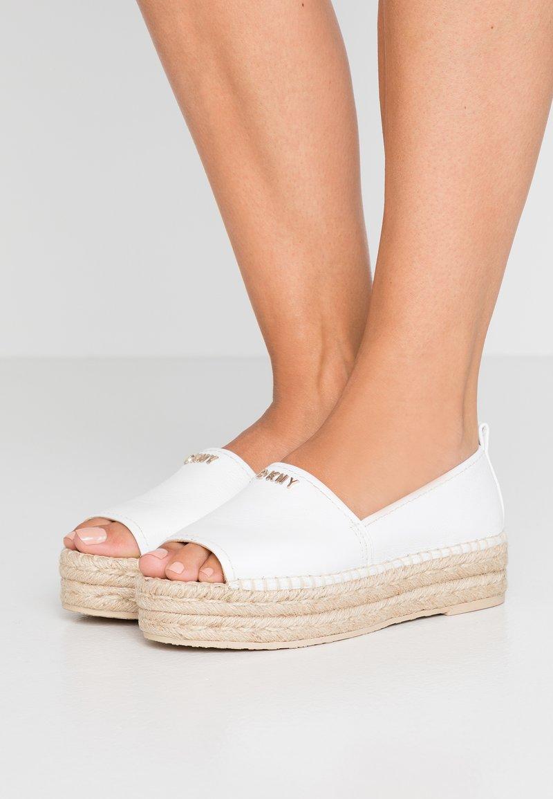 DKNY - MER - Espadrilles - white