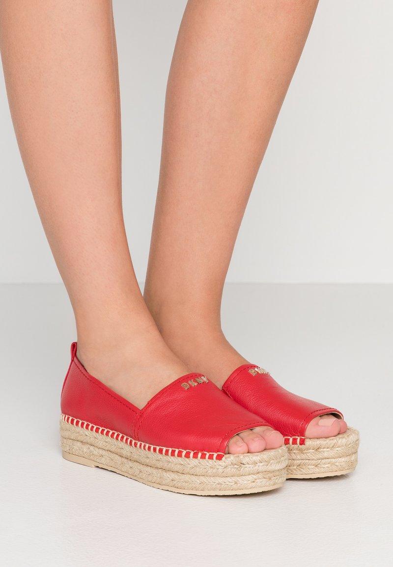 DKNY - MER - Espadrilles - red