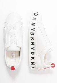 DKNY - BASHI SLIP ON PLATFORM - Nazouvací boty - white - 3