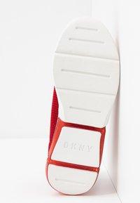 DKNY - PENN  - Nazouvací boty - red - 6