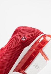DKNY - PENN  - Nazouvací boty - red - 2