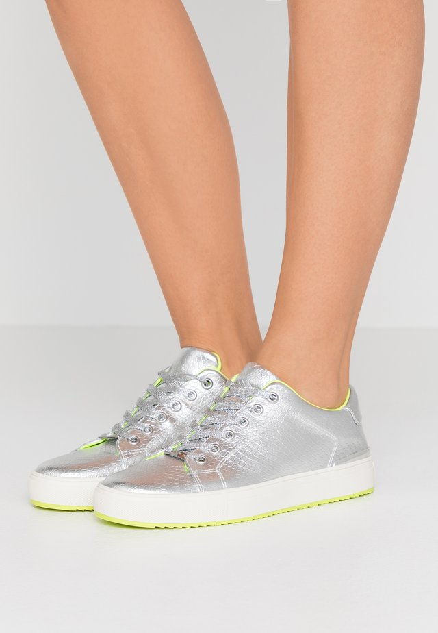 BINDA LACE UP  - Sneaker low - silver