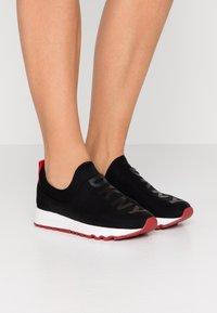 DKNY - JAYDEN  - Nazouvací boty - black - 0
