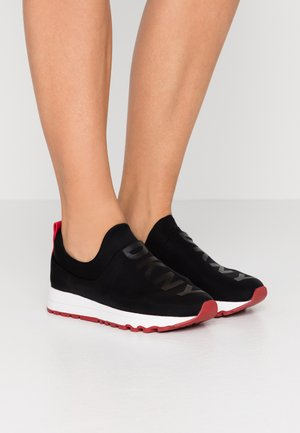 JAYDEN  - Loaferit/pistokkaat - black