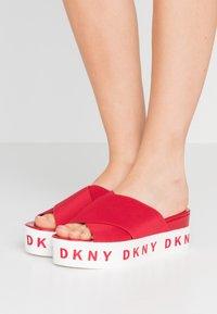 DKNY - CRISTI PLATFORM - Pantofle na podpatku - red - 0