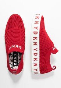 DKNY - BREA - Nazouvací boty - red - 3