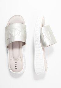 DKNY - MARA SLIDE - Pantofle - aged nickel - 3