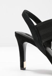 DKNY - BRYSON MULTI STRAP SLINGBACK  - Højhælede sandaletter / Højhælede sandaler - black - 2