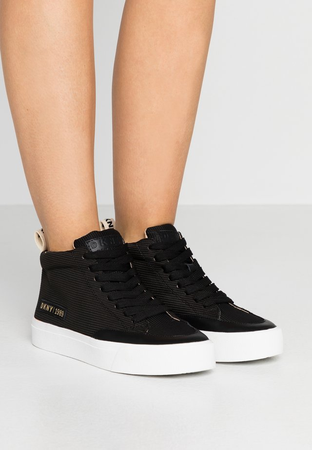 RIVKA - Höga sneakers - black