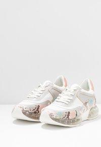 DKNY - BLAKE  - Sneakers - white/blush/multicolor - 4