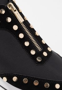 DKNY - AVRYL - Sneakers - black - 2