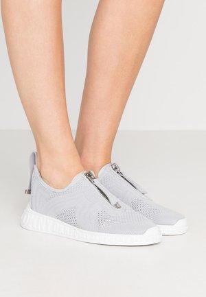 MELISSA ZIPPER - Sneakers - warm grey