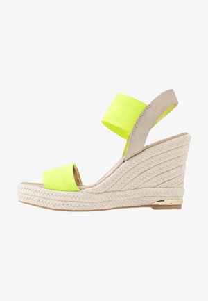CAT SLINGBACK WEDGE  - High heeled sandals - neon green/soft gold