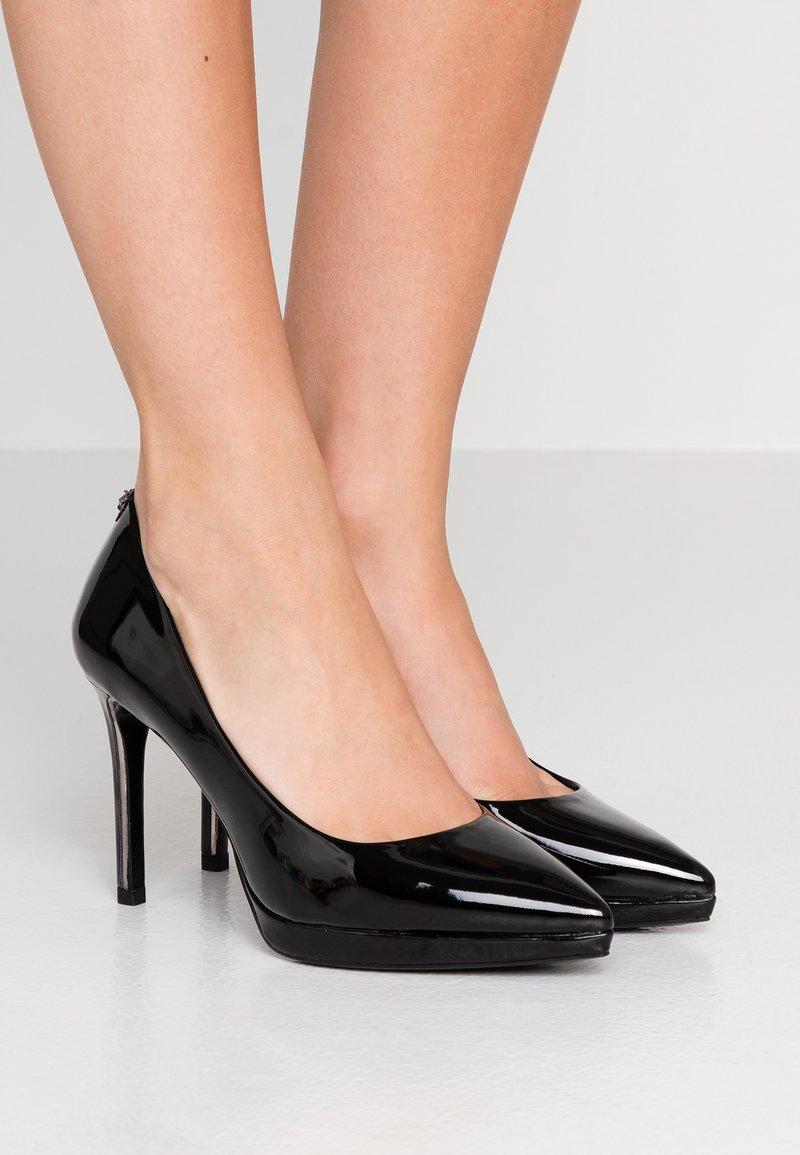 DKNY - LEXI - Lodičky na vysokém podpatku - black