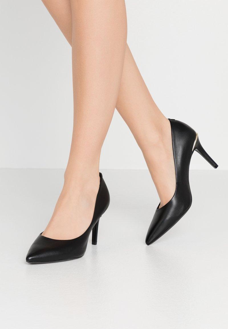 DKNY - RANDI - Høye hæler - black