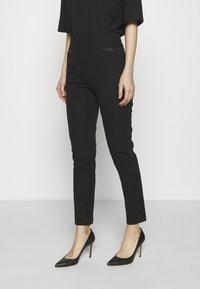 DKNY - TROUSER - Spodnie materiałowe - black - 0