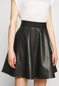 DKNY - CIRCLE SKIRT - A-snit nederdel/ A-formede nederdele - black - 4