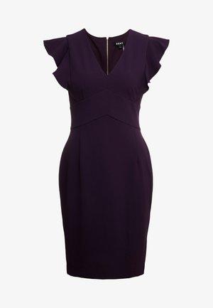 RUFFLE CAP SLEEVE SHEATH - Sukienka etui - aubergine