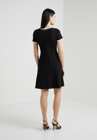 DKNY - CAP SLEEVE FIT FLARE WITH HALF ZIP - Jerseykjoler - black - 2