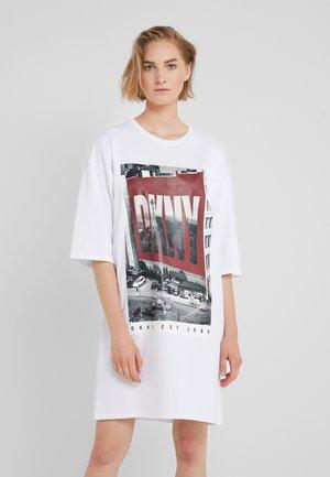 ELBOW CREW NECK DRESS - Jersey dress - white