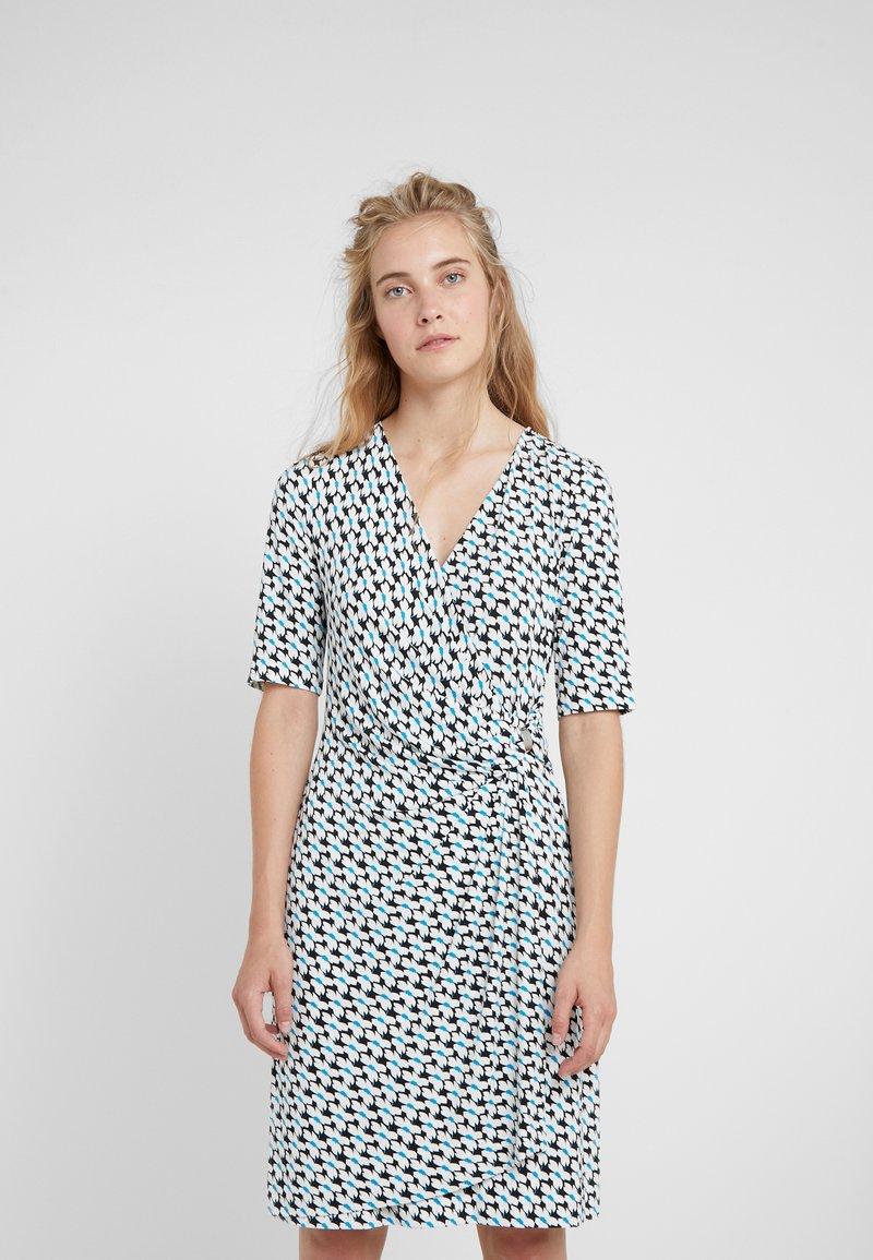 DKNY - FAUX WRAP DRESS - Robe en jersey - cerulean combo