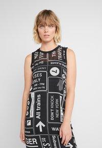 DKNY - SCOOP LONG DRESS - Denní šaty - black/white - 4