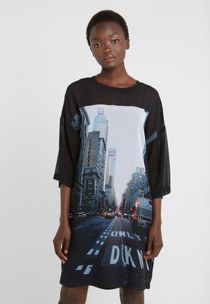ELBOW CREW NECK DRESS - Vapaa-ajan mekko - black
