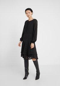 DKNY - FIT FLARE WITH DOUBLE LAYER SKIRT - Denní šaty - black - 0