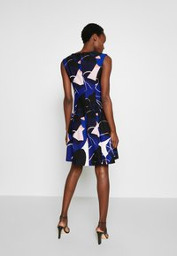 DKNY - CAP SLEEVE PLEAT NECK FIT FLARE - Shift dress - sapphire multi