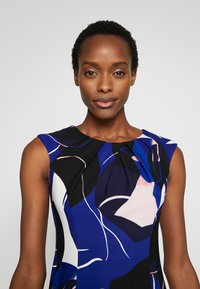 DKNY - CAP SLEEVE PLEAT NECK FIT FLARE - Shift dress - sapphire multi - 5