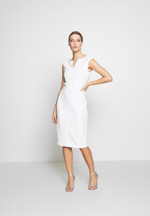 CAP SLEEVE CUTOUT NECK SEAMED SHEATH - Kotelomekko - ivory