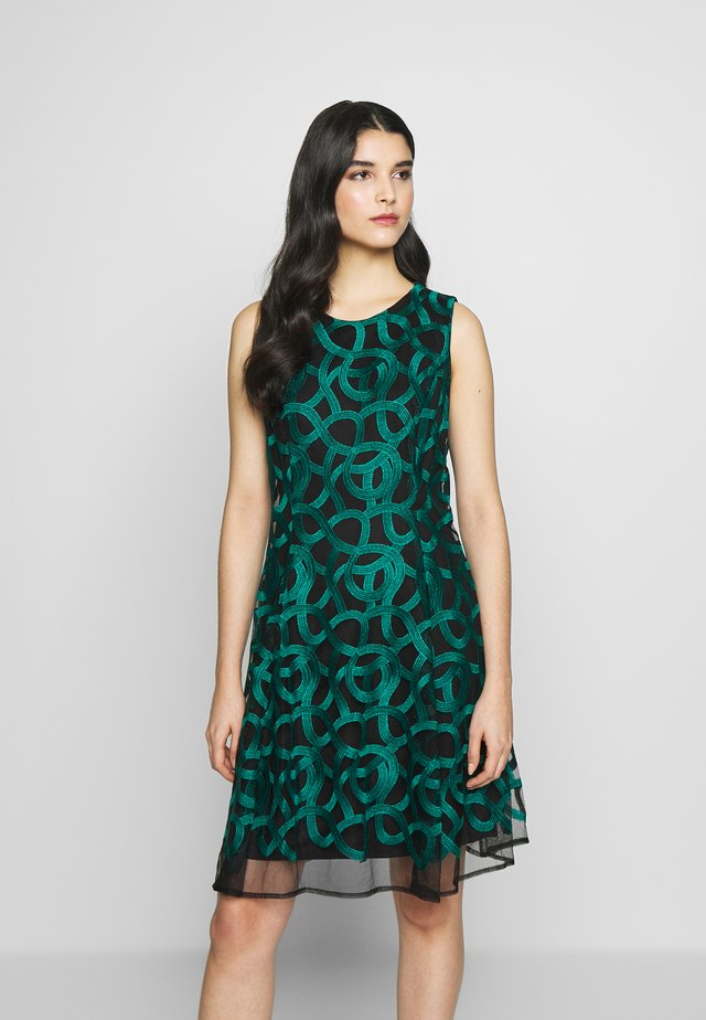FIT FLARE - Day dress - emerald