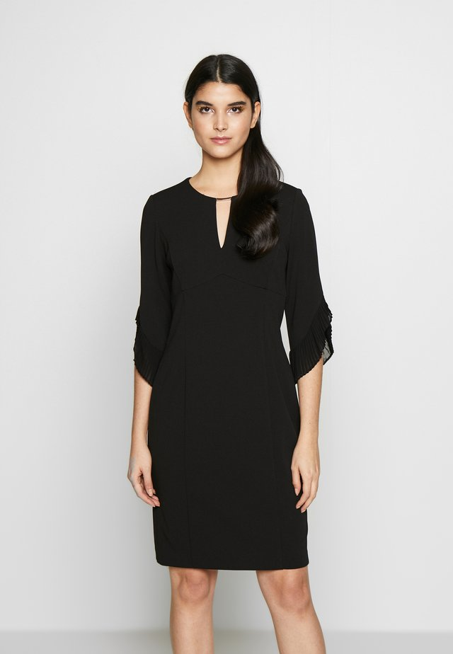3/4 TULIP SLEEVE SHEATH - Shift dress - black
