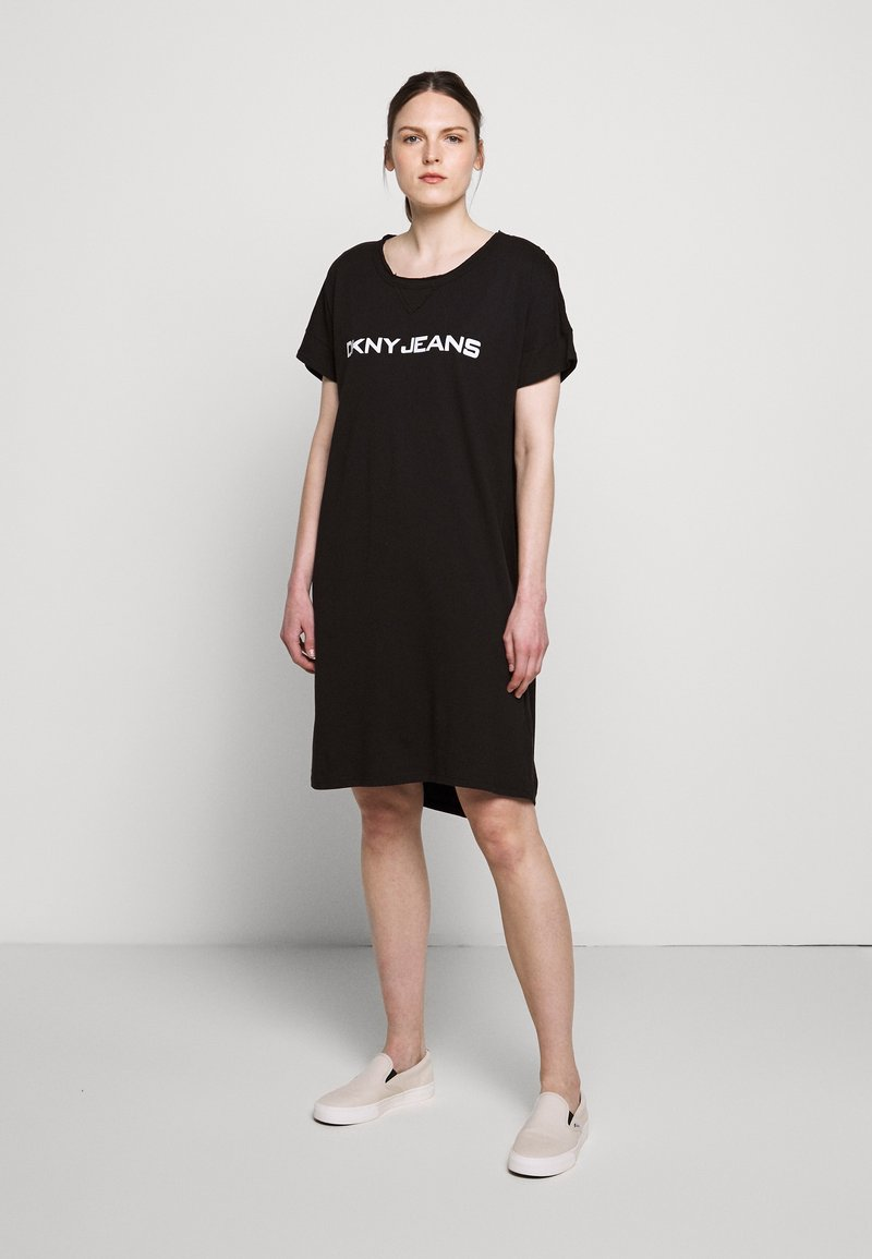 DKNY - LOGO DRESS - Jerseykjoler - black/white
