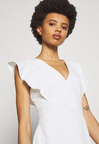 DKNY - V-NECK RUFFLE CAP SLEEVE SHEATH - Shift dress - cream - 3