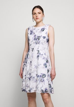 RUFFLE EDGE FIT AND FLARE - Juhlamekko - petunia white/lilac