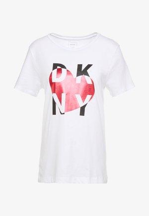 METALLIC HEART STACKED LOGO TEE - Printtipaita - white