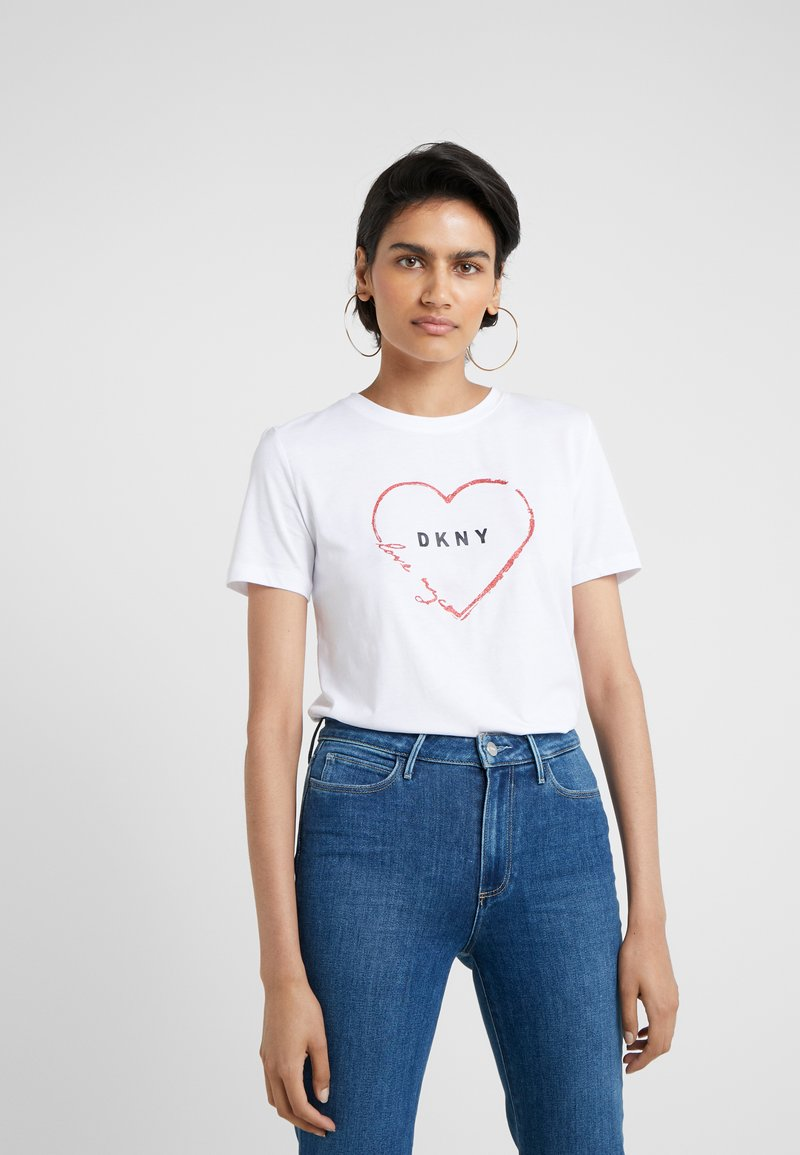 DKNY - LOVE NYC TEE - T-shirt z nadrukiem - white
