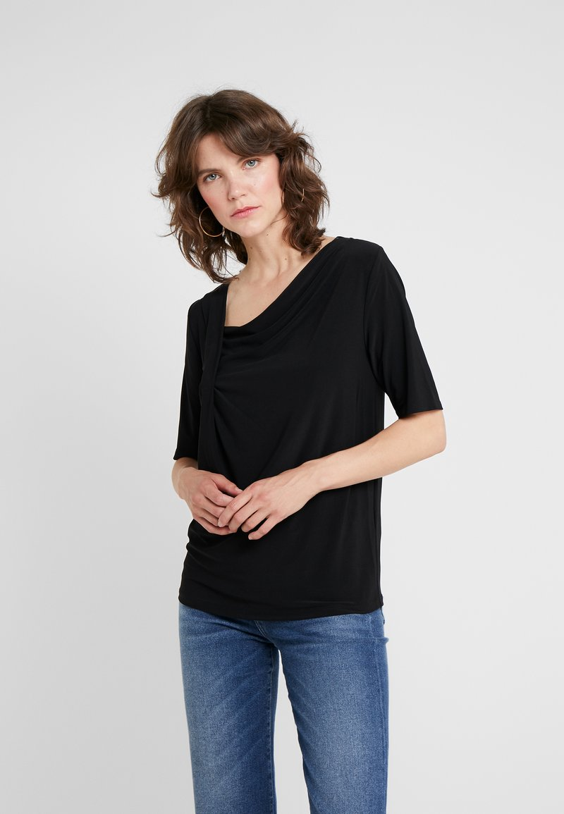 DKNY - ELBOW DRAPED NECK TOP - T-shirts med print - black