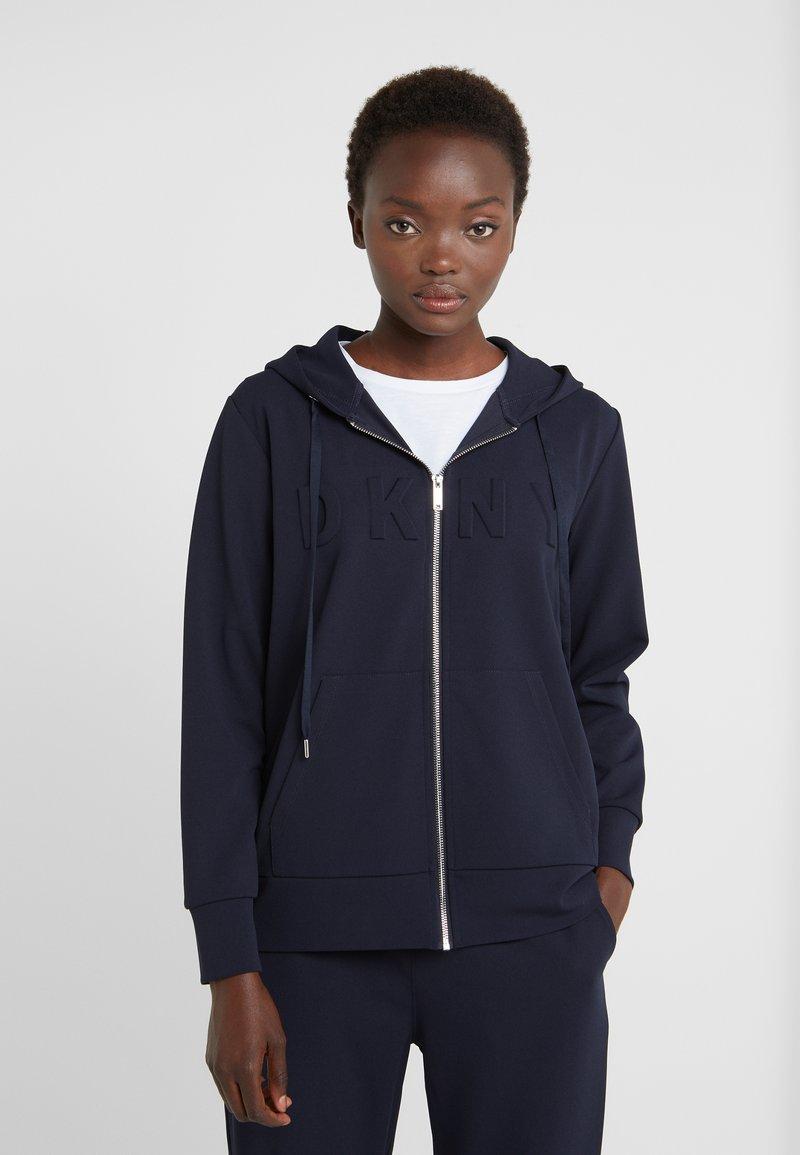 DKNY - EMBOSSED LOGO ZIP HOODIE - Zip-up hoodie - new navy