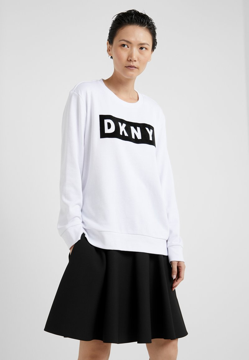 DKNY - BLOCK LOGO - Mikina - white