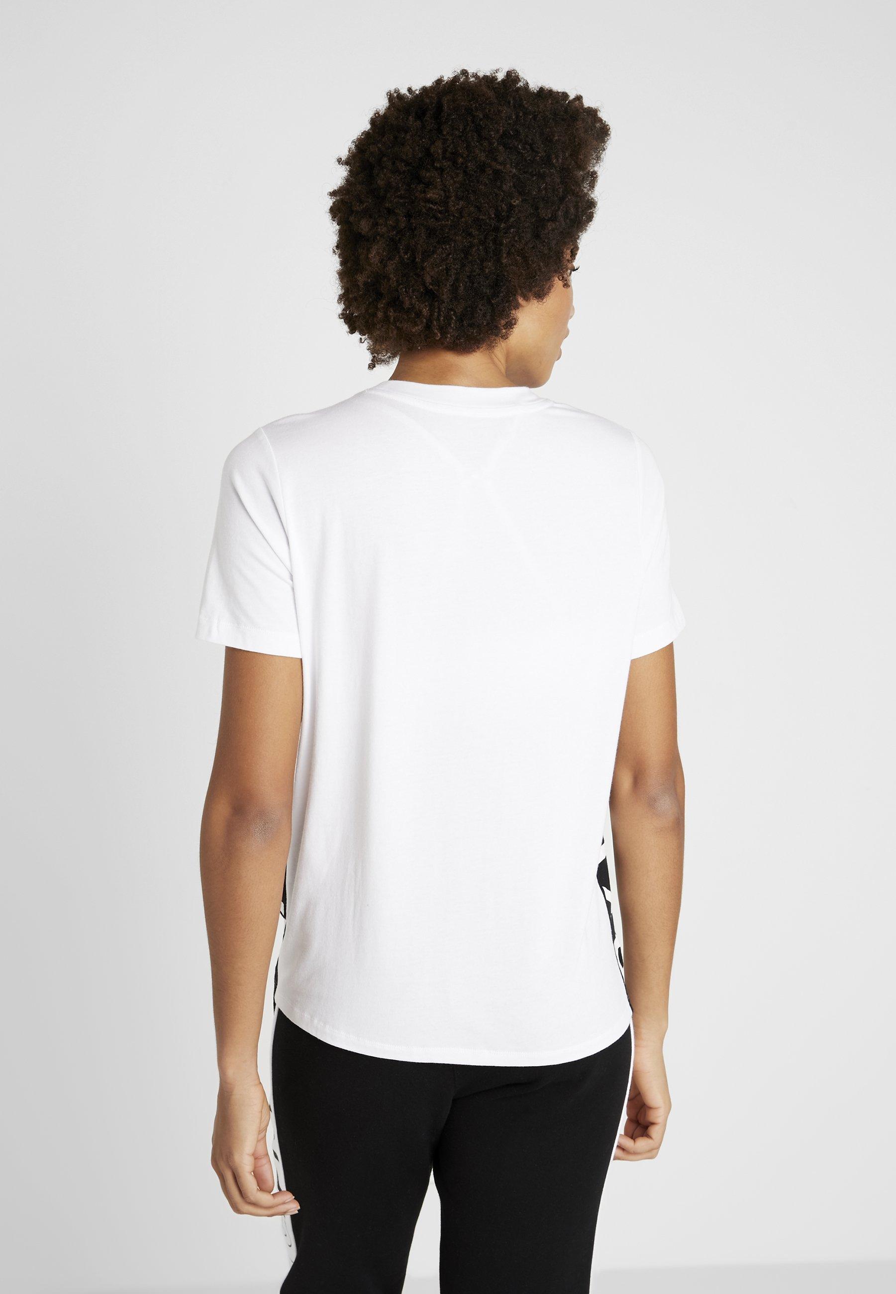 DKNY COLOR BLOCK FLIP LOGO TEE - T-shirt z nadrukiem - white