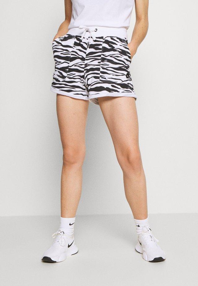 ZEBRA PRINT ROLL CUFF SHORT INSEAM - kurze Sporthose - white